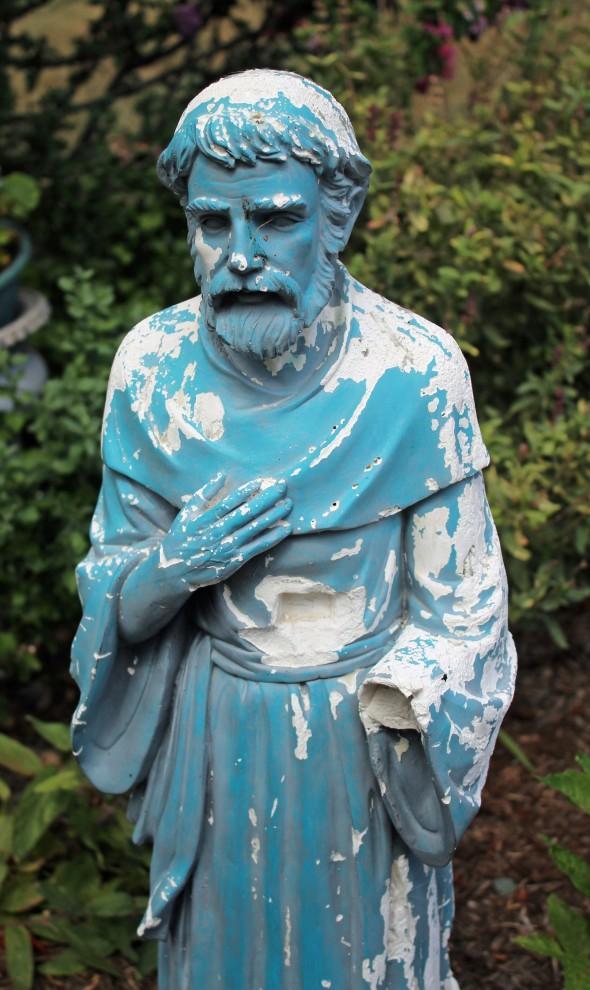 Statue 2 Religious