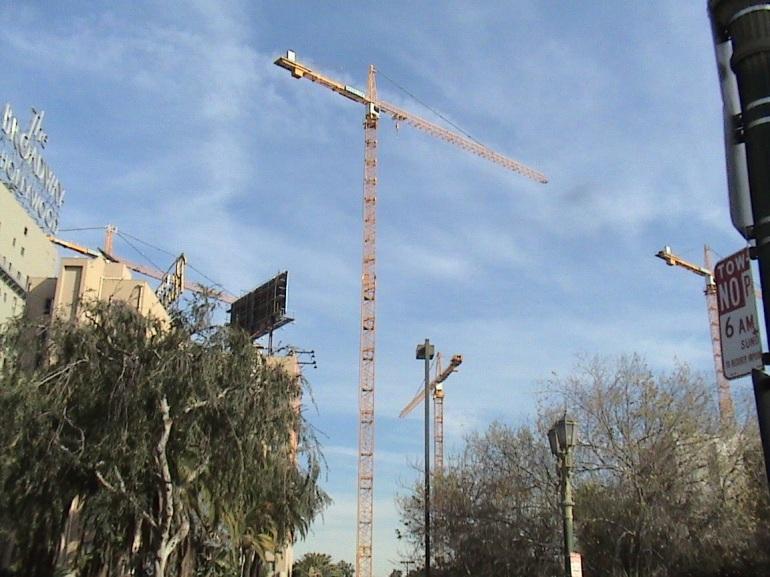 Hollywood Crane 3