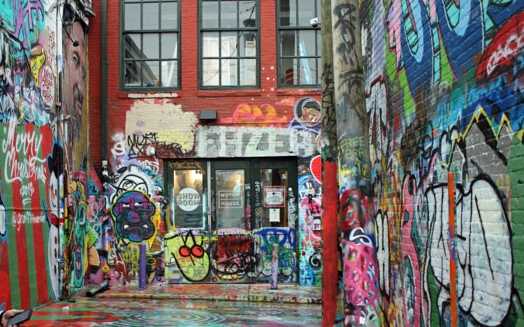 Graffetti alley 3b