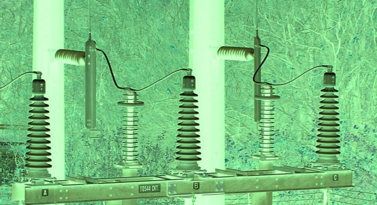 Power 2 green.jpg