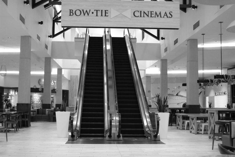 Escalator 3 bw